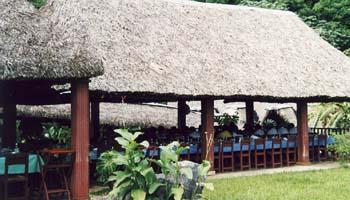 Vinales restaurant paladar cuba junky for Mural de la prehistoria cuba